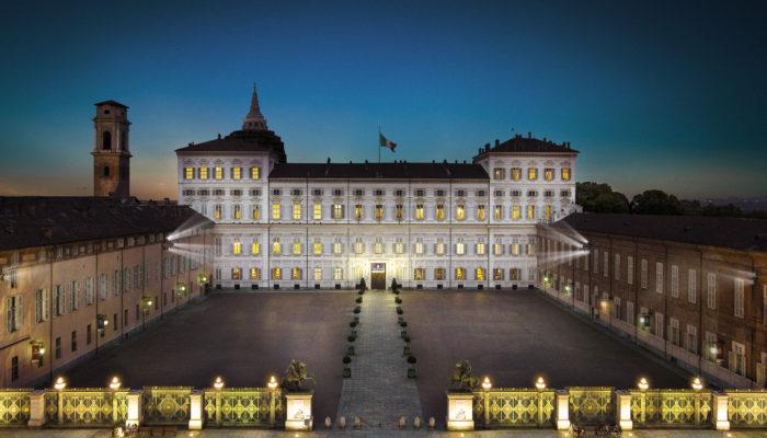 Palazzo-Reale-notturna